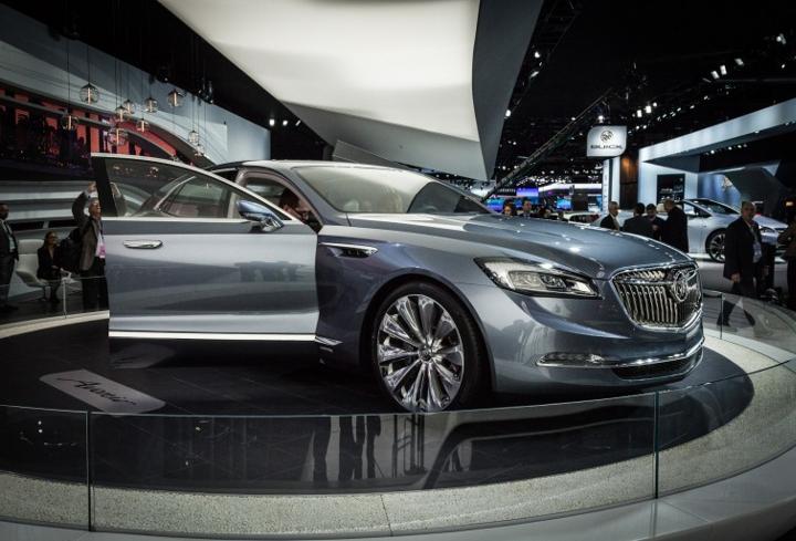 Buick Avenir concept Detroit project 3