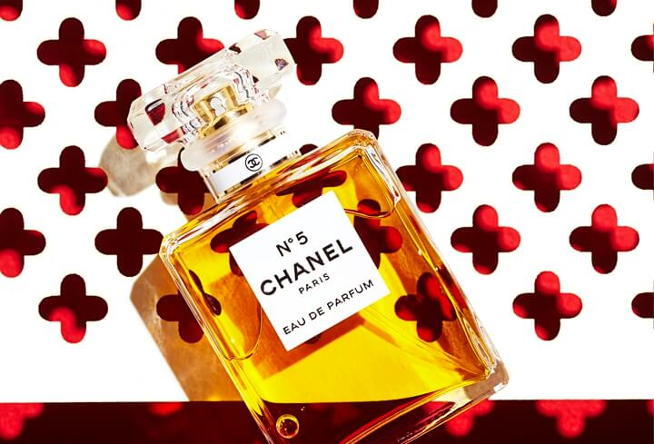 Elle magazine laser cut paper – Chanel